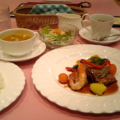 hana_lunch2007.jpg